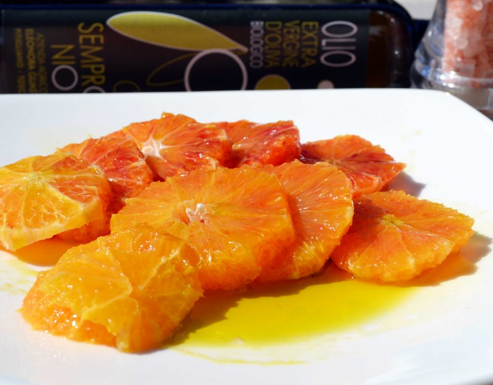 arancia condita con olio extravergine biologico